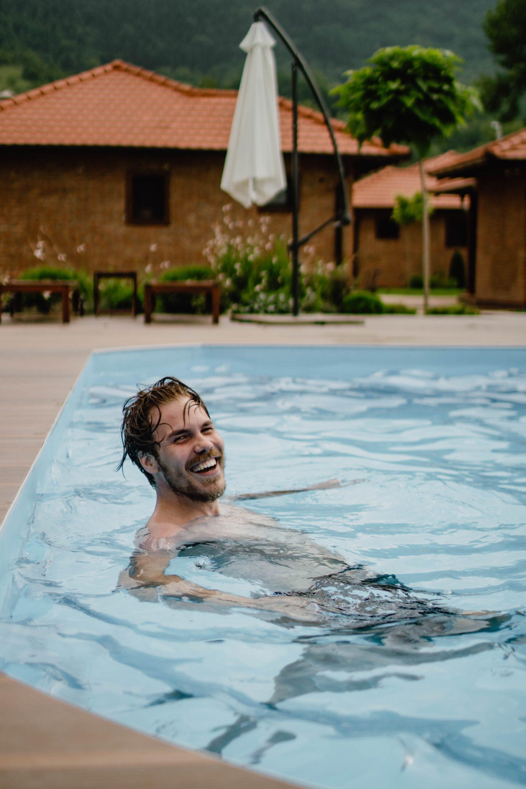 jasa perawatan kolam renang tangsel